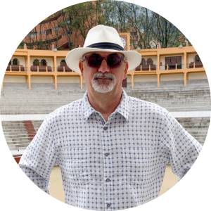 Richard Rosser is the founder of Insider Excursions and the President & Publisher of Point! Publishing. Last year he led group trips to Bogota, Colombia and Quepos, Costa Rica.